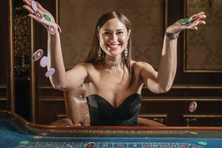 How To Host A Poker Night: Tips & Tricks To Wow Your Friends | Peerspace
